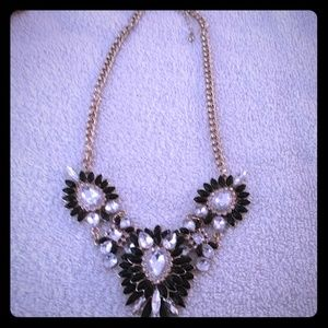Jewelry - Necklace gold with black and white rhinestones
